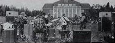 """A banda canadense """"A Joint Effort"""" foi formada no início dos anos 70, na cidade de Fredericton, capital da província de New Brunswick, e era conhecida apenas em nível local, tocava em clubes locais, universidades e faculdades. Uma dessas performances, pouco antes do fim da banda, foi gravado e lançado seu único álbum distribuído pela selo Little Records, raríssima edição com apenas 200 cópias. Lembra o líder da banda """"Terry Tufts"""" e oprodutor do álbum """"Robert Williston"""", """"nós começamos a tocar no """"Rm 310"""", no """"Bridges House"""", mas foi na """"Universidade de New Brunswick"""" em 1973 a a última apresentação da banda, na rua em frente ao prédio da União dos Estudantes, esse áudio foi usado no álbum, gravado no outono de 1975, mas o álbum incluiu também outros registros como o concerto no hotel """"Lord Beaverbrook"""" em Fredericton"""". O álbum é uma mistura estranha de folk-rock, country, cores psicodélicas e rudimentos do hard rock, foi considerado uma rara versão do psych-folk, até que foi re-lançado como CD em 2006 pelo selo """"Void Records"""", e mais tarde lançado pelo famoso caçador de raridades """"Radioactive Records"""". O guitarrista """"Rick Bastedo"""" e o baterista """"Grant Harrison"""" ainda moram em sua cidade nativa, Fredericton, e ainda ocasionalmente tocam juntos. Um dos irmãos Tufts, o vocalista """"Tim Tufts"""", mora com sua esposa em um subúrbio de Ottawa, eles são criadores de cães da raça Setter Inglês e cavalos canadenses. """"Brian Bourne"""" ainda toca baixo com a banda """"Rawlins Cross"""", e """"Terry Tufts"""" continua sua carreira solo."""