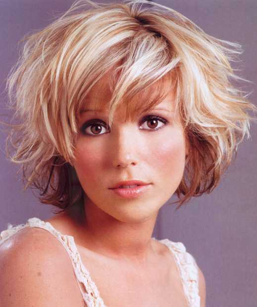 Short Haircuts For Curly Hair. Short wavy hair styles for