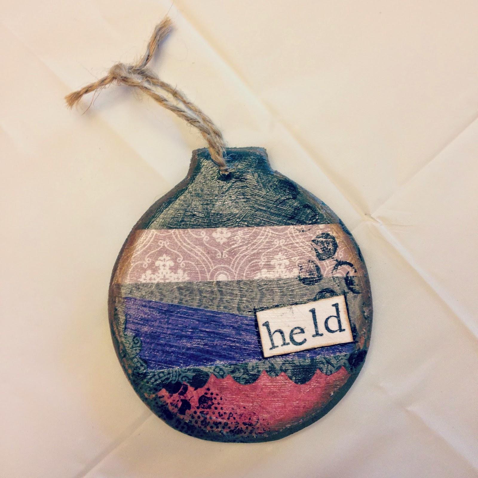 handmade ornament / @heyemilythomas