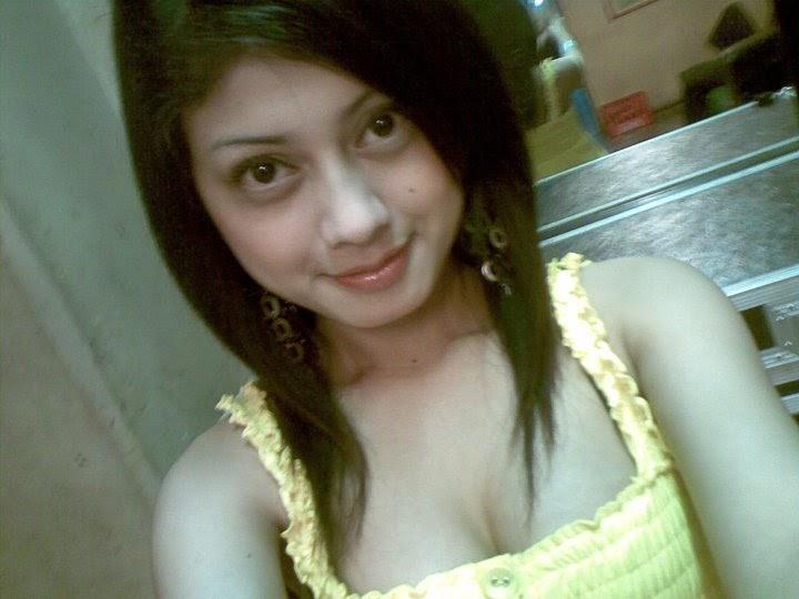 Cerita Dewasa: [Cerita Dewasa] Regina Cewek Hot Pemalu ...