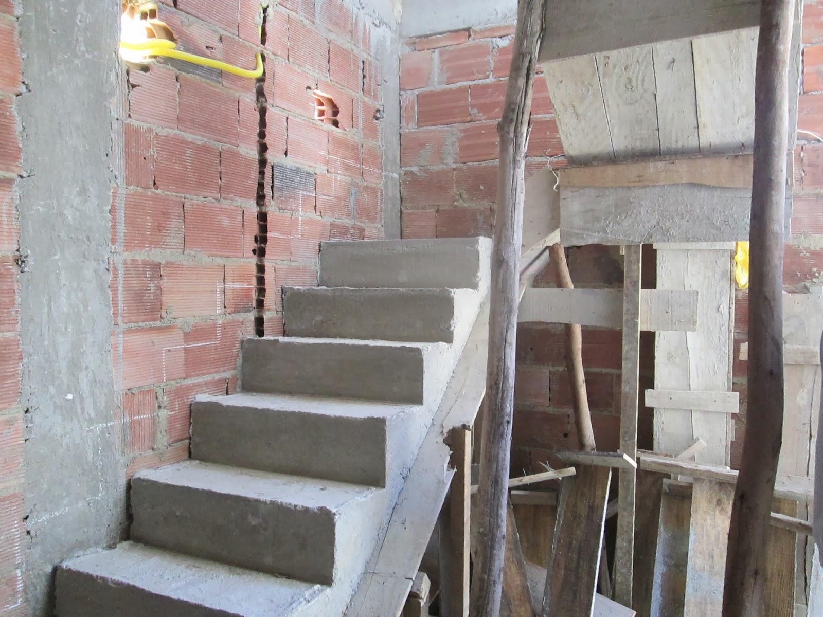 Construindo e Reformando: Balanço de seis meses de obra #7B6850 1600 1200