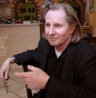 Helga König im Gespräch mit Harald Wolff