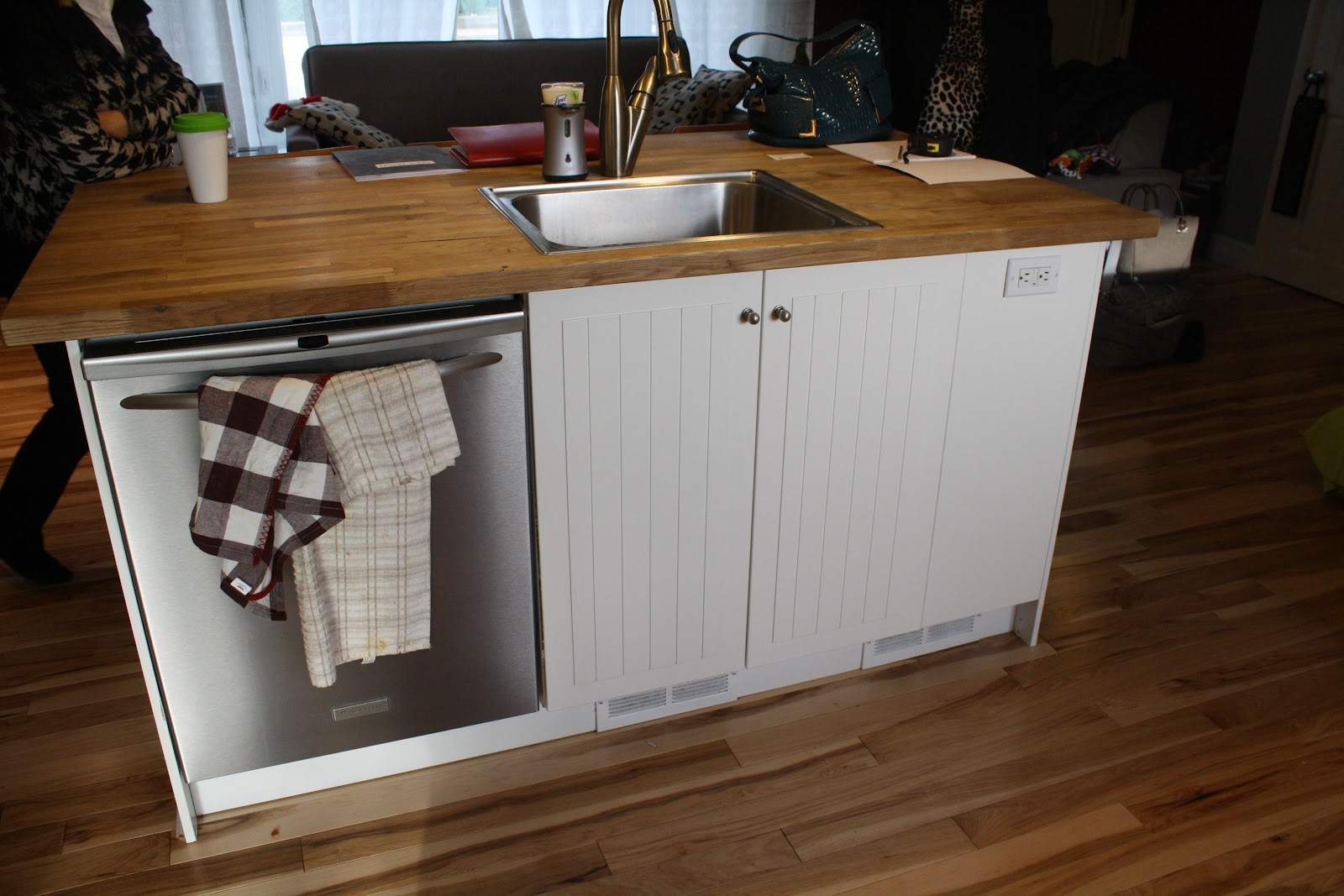 Simcoe street kitchen and living room tour the before photos - Dishwasher small space plan ...