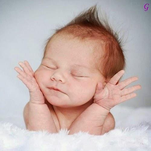 Photo bébé mignon qui dort