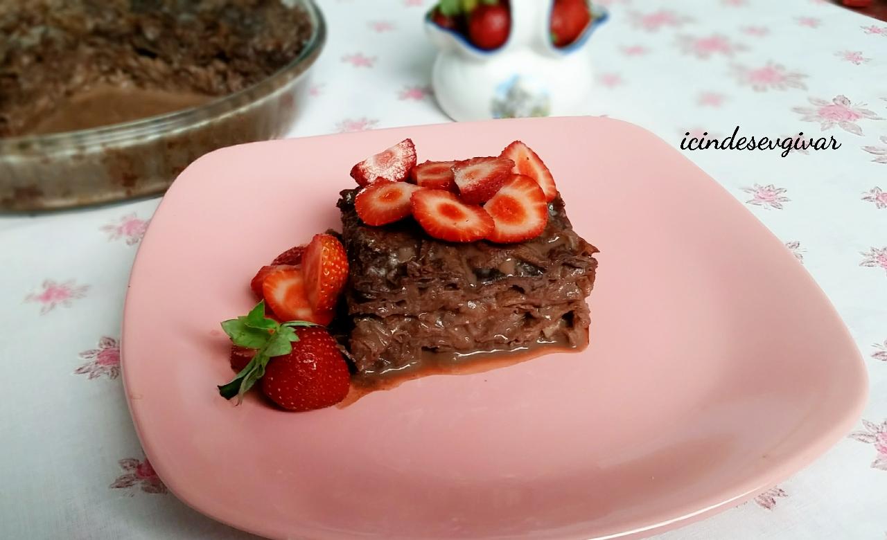 Çikolata Soslu Güllaç Tarifi