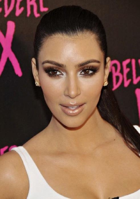 Fanatic About Make-up: Kim Kardashian Inspired Smokey Eyes