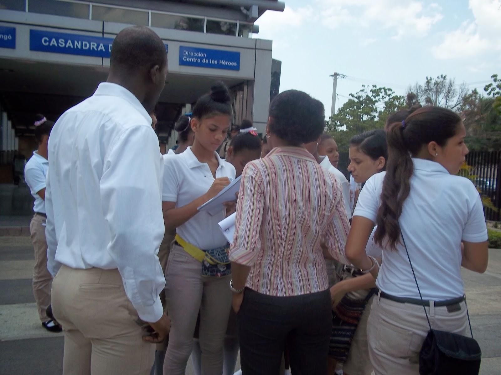 Practica Educativa Metro De Santo Domingo Escuela