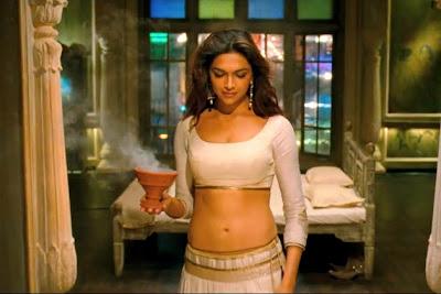Deepika padukone hot navel show in ram leela