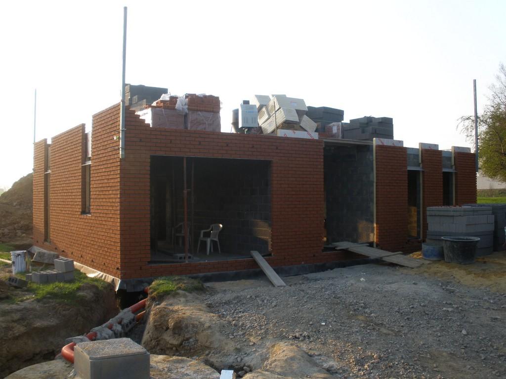 Dehousse dechany notre construction avec maison blavier en 2012 livraison - Livraison materiaux de construction ...