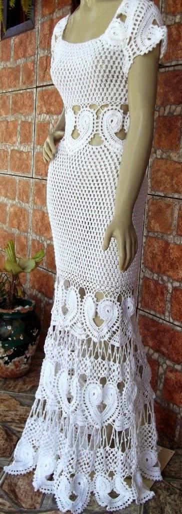 Удивительно красивое белое платье
