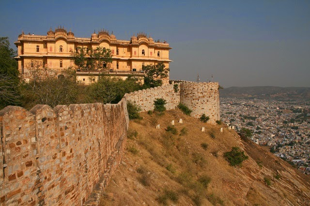 One of the massive walls of Nahargarh Fort in Jaipur