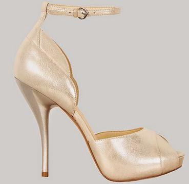 Sandalias Metalizadas, Moda y Elegancia