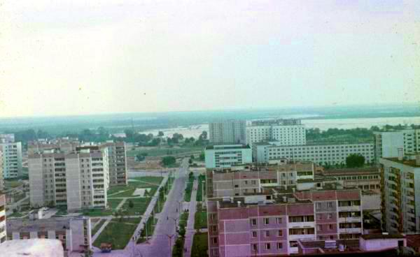 LUGARES ABANDONADOS-LUGARES OLVIDADOS (sitios fantasma en el mundo) Pripyat%252C+ciudad+y+rio
