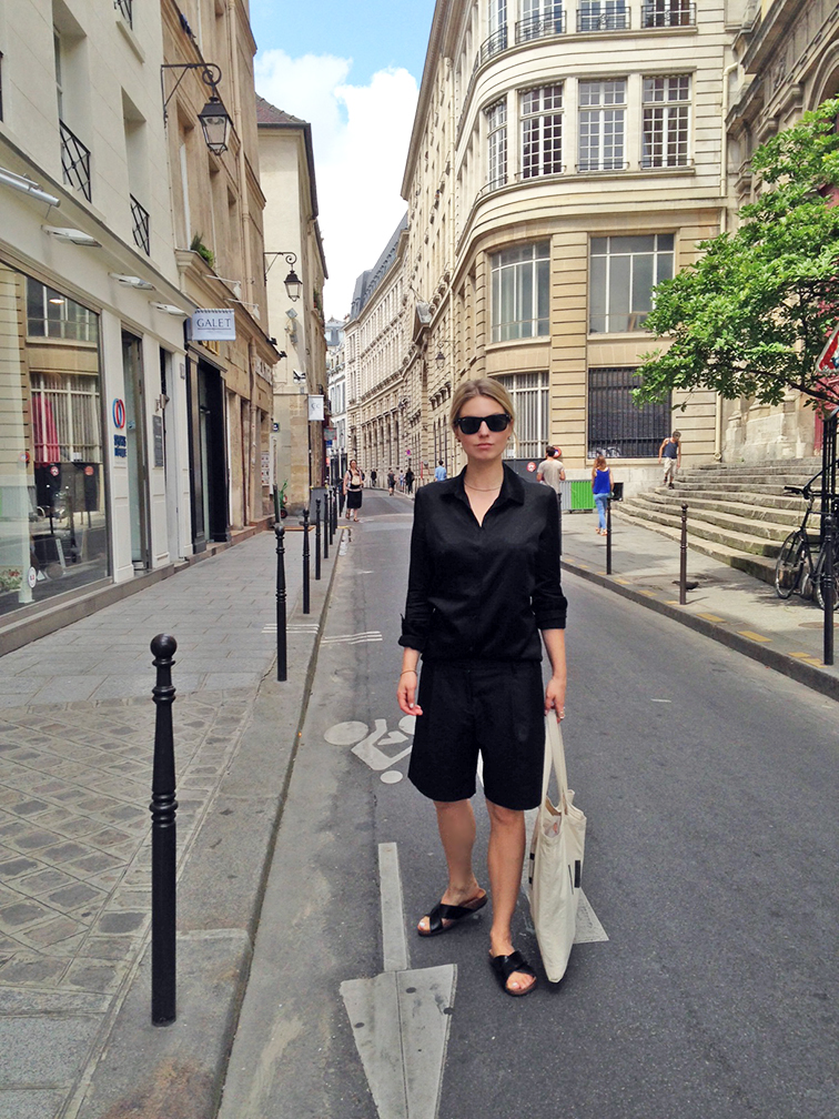 Fashion Over Reason in the Streets of Paris, le Marais, all black look, street style