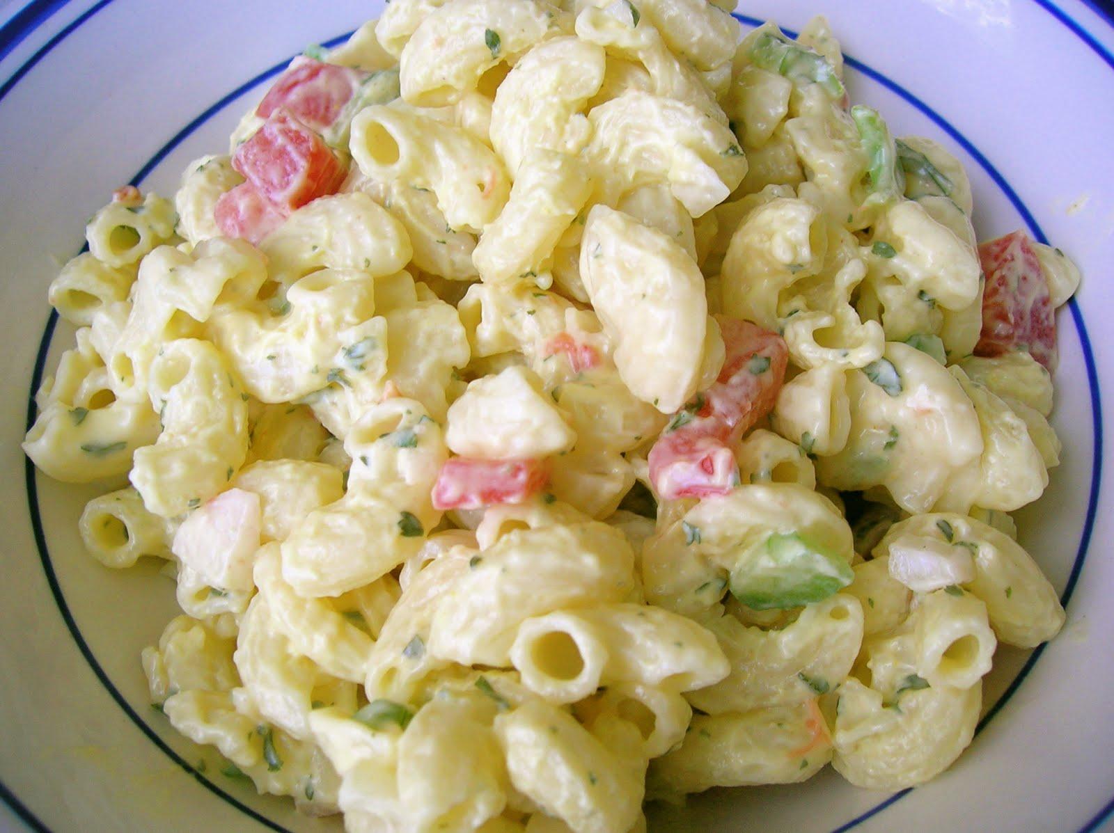 Traditional American Macaroni Salad Six Sisters 39 Stuff