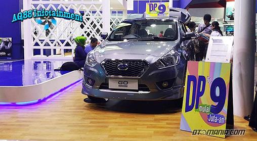 Memasuki pertengahan bulan puasa dan mendekati Hari Raya Idul Fitri, para distributor kendaraan roda empat makin gencar memberikan ragam promo menggoda, guna menarik minat konsumen.