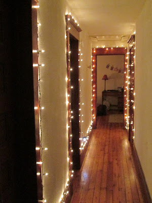 Wall Clips For Christmas Lights : Making Home from Scratch: Christmas lights