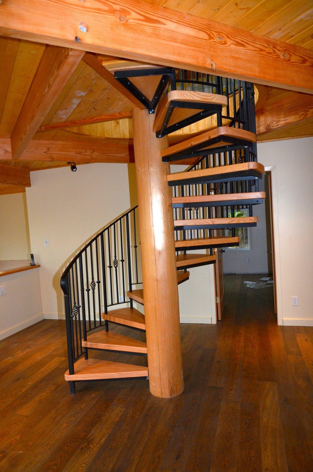 Деревянные резные винтовые лестницы своими руками 501