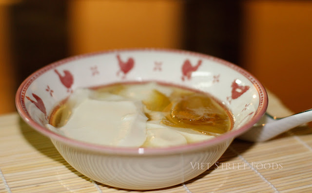 ... sweet tofu with brown sugar sirup, ginger! Most visible sweet street