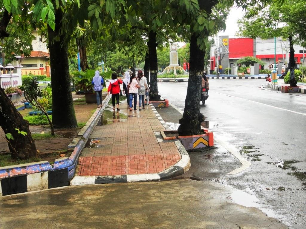 Salah satu sudut trotoar dikota Jepara