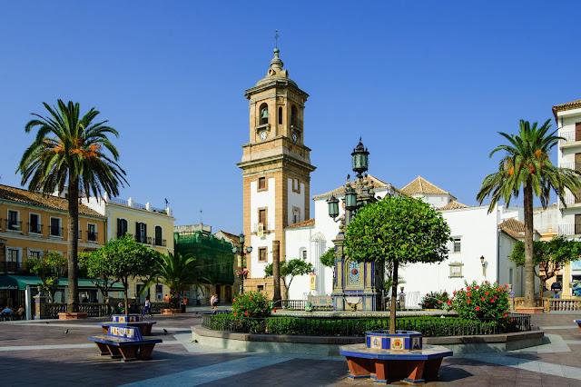 Plaza Alta y Parroquia de La Palma