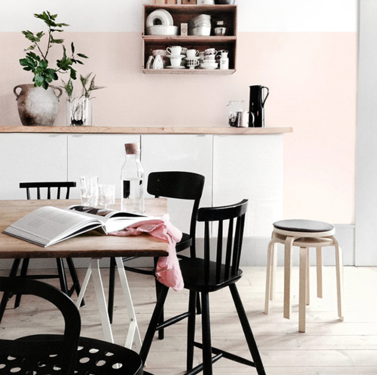 Delight In The Sunlight: Pink & Black Kitchen