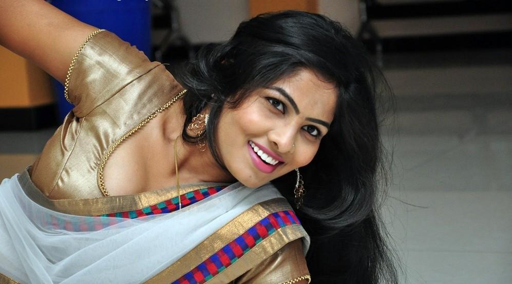 boob show actress Hot south indian