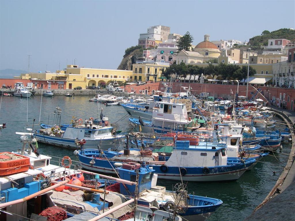 Italy S Biggest Islands