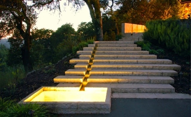 How to build a garden stairs design as a decorative element for Landscape villa design