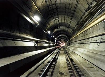 Cerita Singkat Dari 6 Terowongan Paling Unik di Dunia