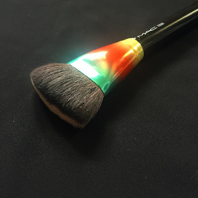 MAC Wash And Dry 125SE Brush