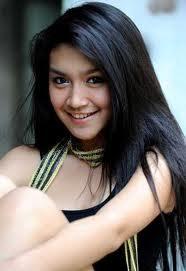 Kumpulan Foto si Manis Parwati Tutur Tinular 2011
