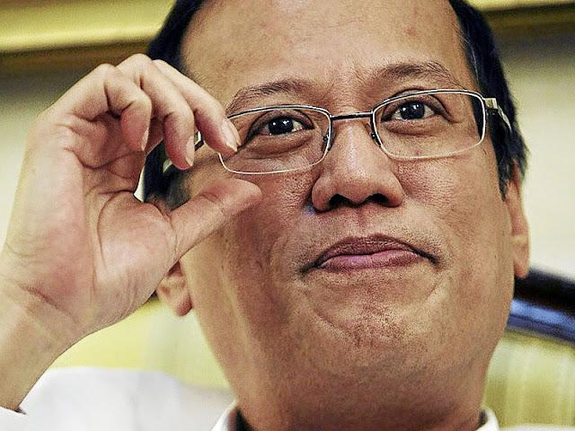 Filipinas: PRESIDENTE VISITA A CHINA À PROCURA DE INVESTIMENTO