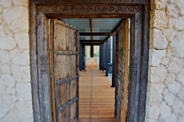 Old Wooden Door Ideas