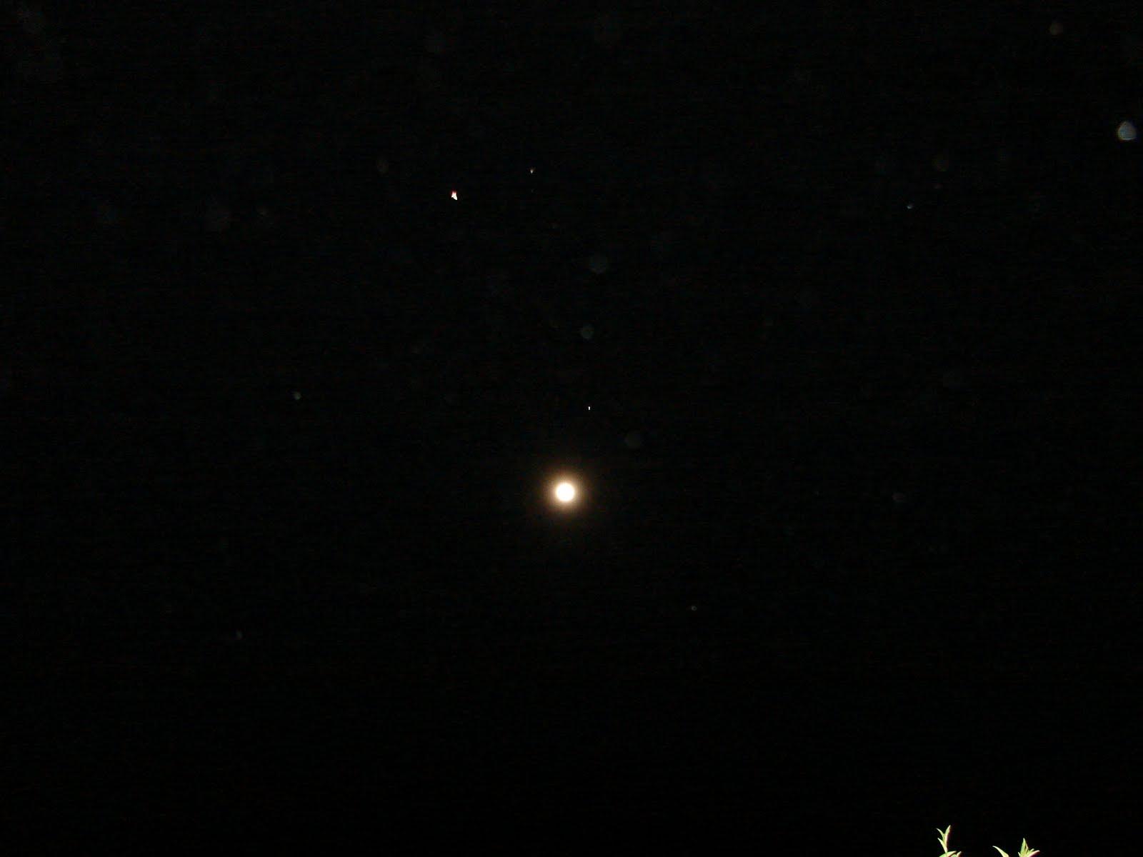 19-marzo-20-21-22-23-24-24...2011 CRUZ ET Ovni sobre LUNA llena hoy 19...sec,ufo...