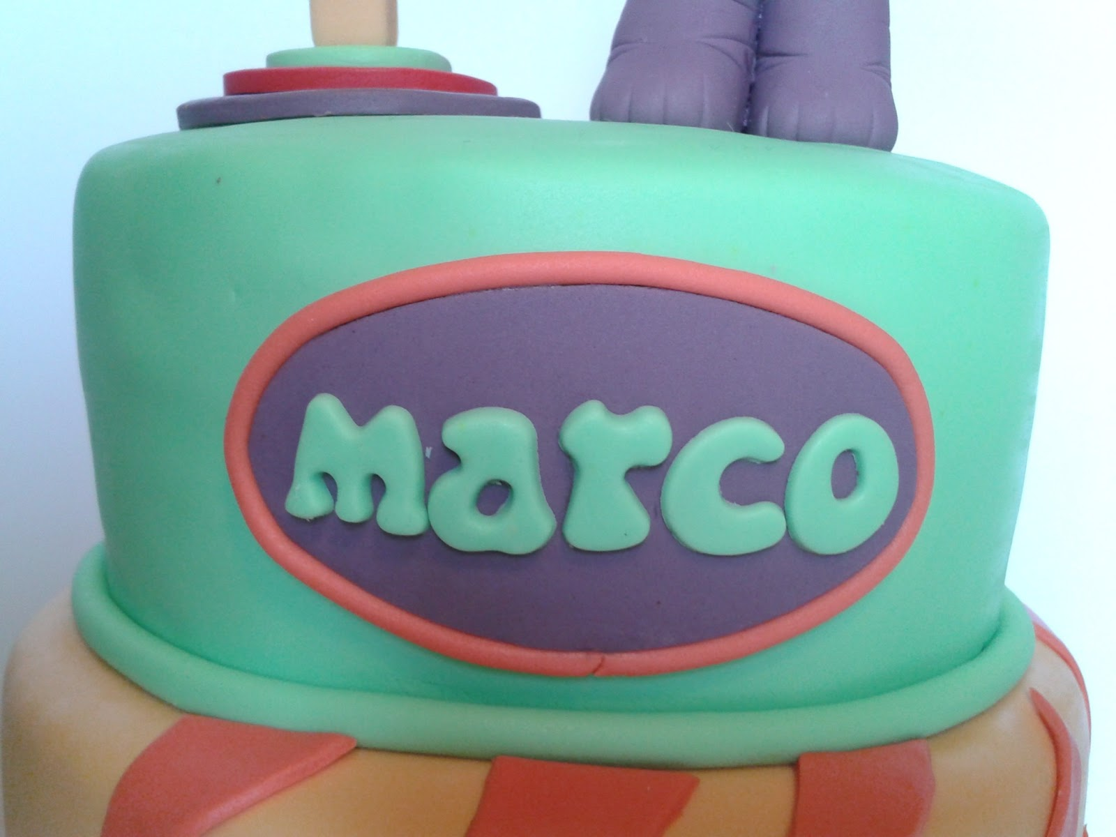 Dark Baker: Tarta de primer cumpleaños para Marco.