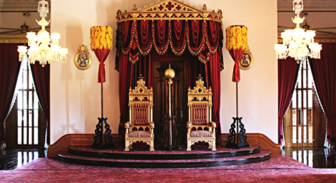 iolani palace tour honolulu hawaii