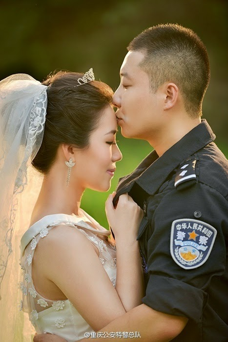 Foto Prewedding ala Anggota Kepolisian