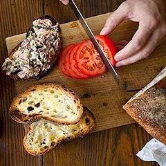 Receta de cocina: tosta de atún picante