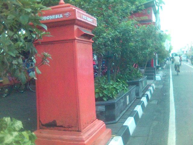 Bis surat, Kotak pos