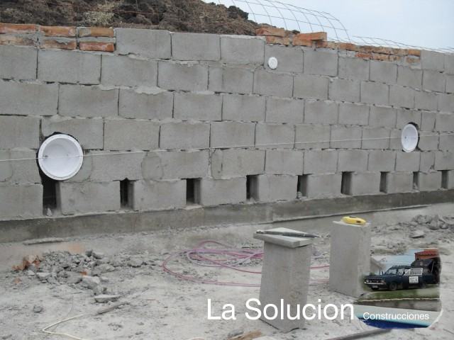 Lasolucion piscinas instalacion de para de luces led de for Luces para piscinas sin instalacion