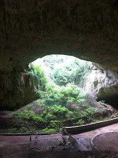 Пещери в обл. Ловеч, Непобедимите 2 - Деветашката пещера