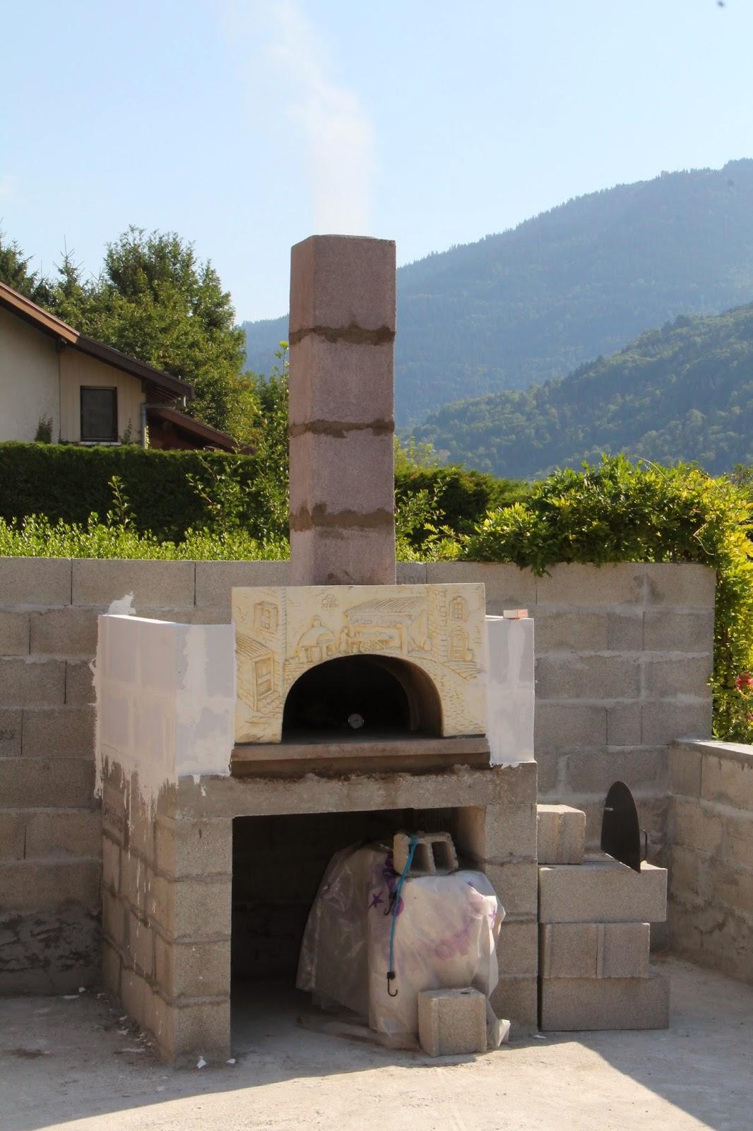 Steph pizza montage du four - Monter un mur en siporex exterieur ...