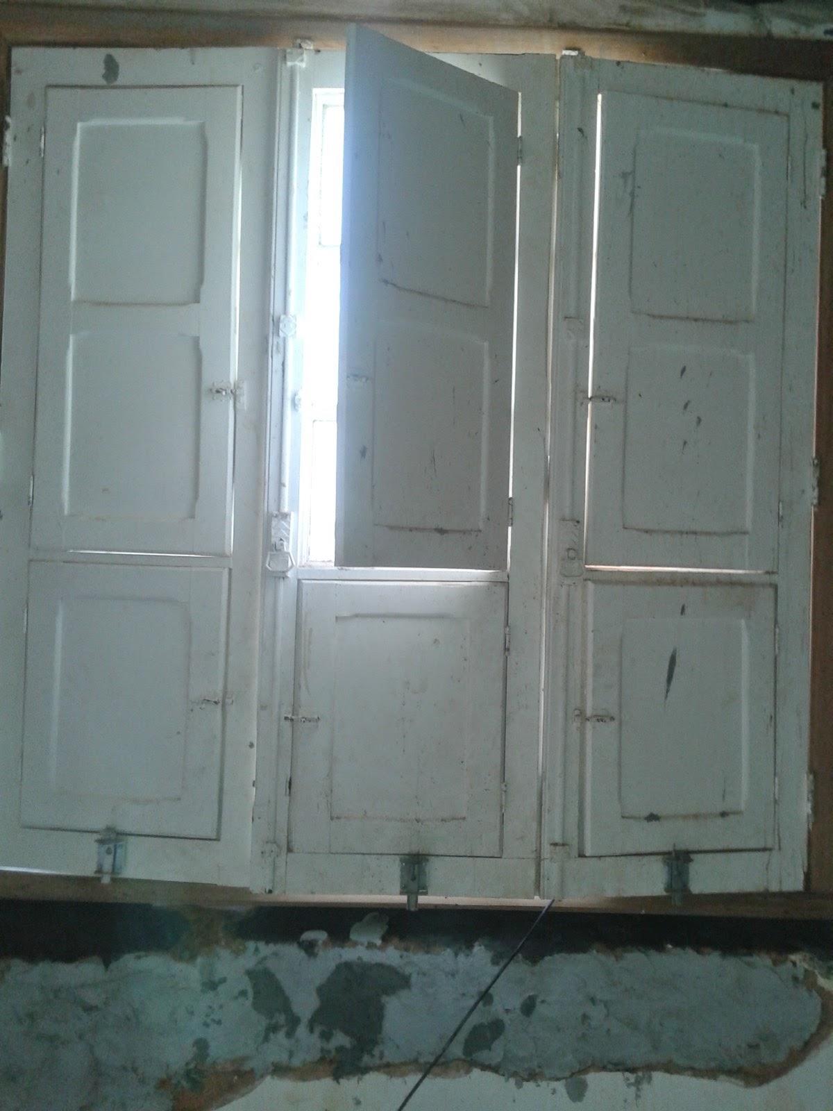 #51707A em portas e janelas de madeira em BeloHorizonte: troca de cabo de  1438 Restauração De Janela De Aluminio