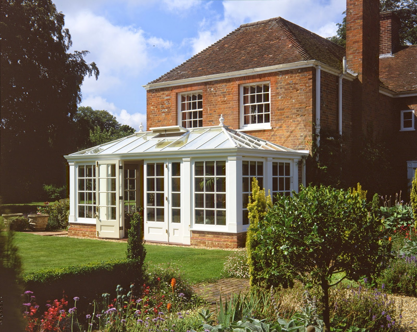 Traditional Conservatory Build By Foxfurd Ltd in Oxfordshire