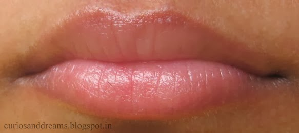 DIY lip scrub, Diy cinnamon lp scrub, Dit cinnamon lip plumper, make your lips plump