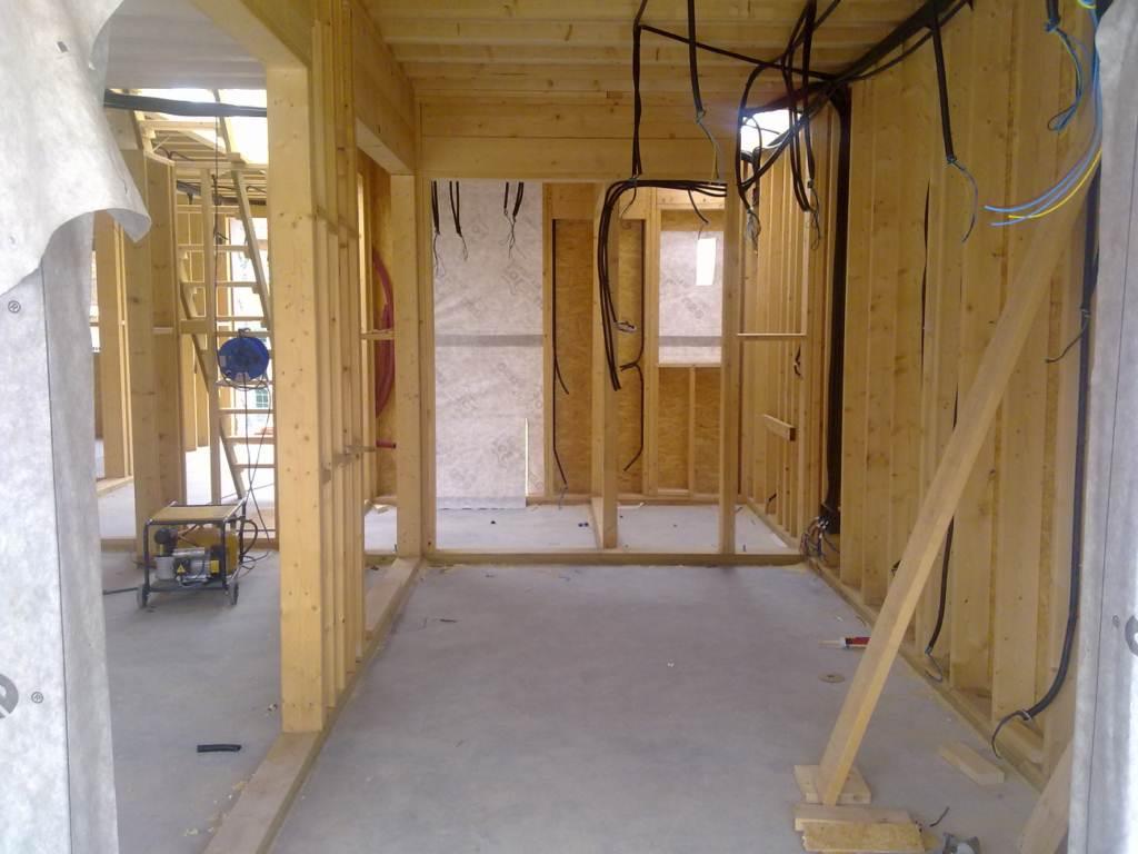 Construcción de casa de madera en Zaragoza - DPV. Electricista en ...