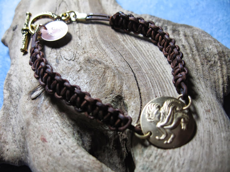 Pegasus leather cobra bracelet