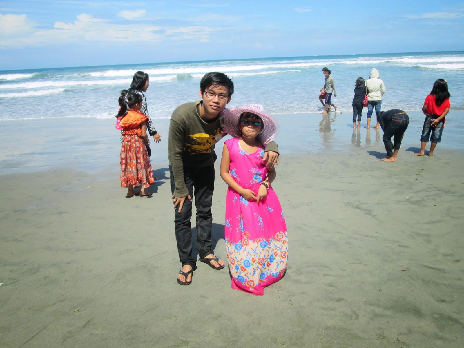 Pantai Gading Cempaka – Pantai Terpanjang Indonesia- Rio Anderta