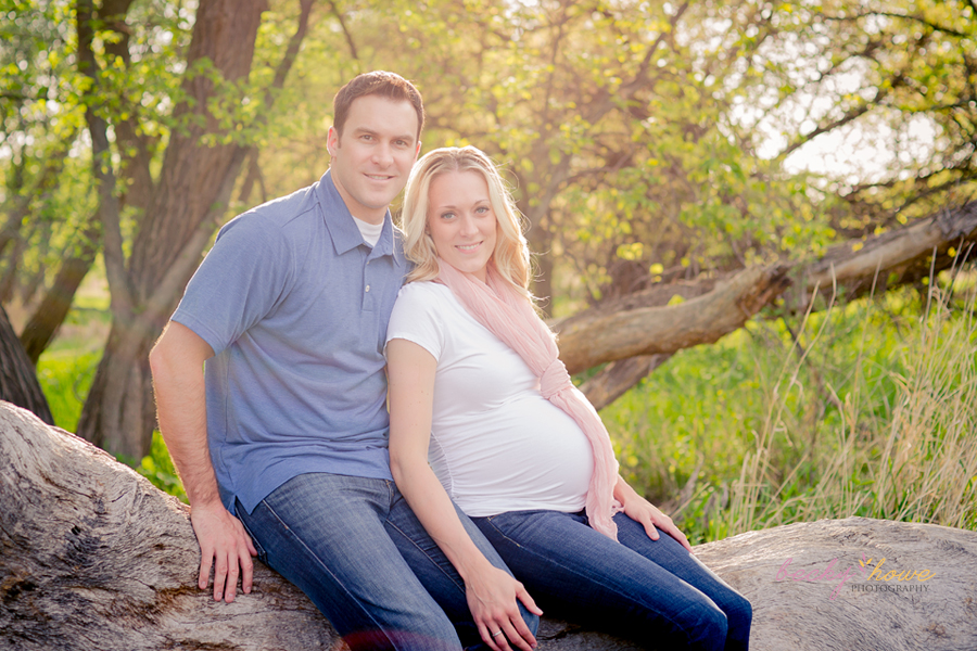 Omaha maternity photographer maternity photography studio chalco hills